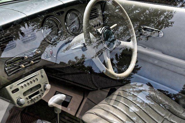 gumi tepihi avto